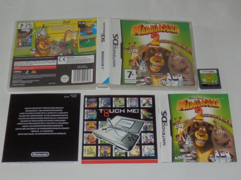 http://arcadius.esero.net/Console/Nintendo/DS/Games/complete/Madagascar_2_C.jpg