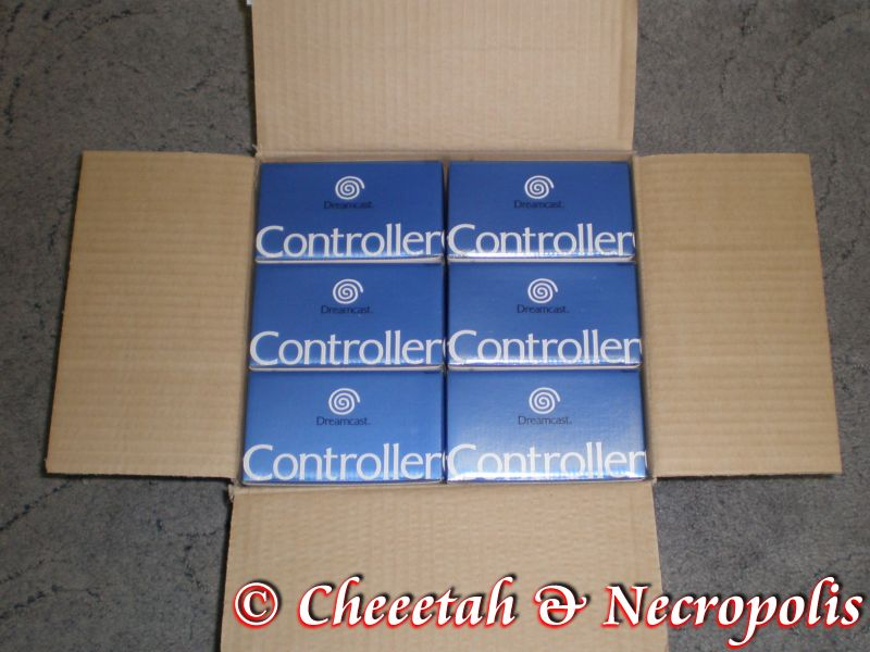 http://arcadius.esero.net/Console/Sega/Dreamcast/Dreamcast_Controller_02.jpg